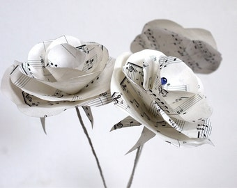 Singing roses,  sheet music paper, upcycled paper decoration, paper flower, table decor, wedding
