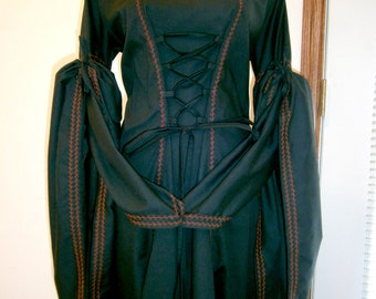 Medieval Dress Renaissance Gown Gothic LARP and Fantasy Wedding