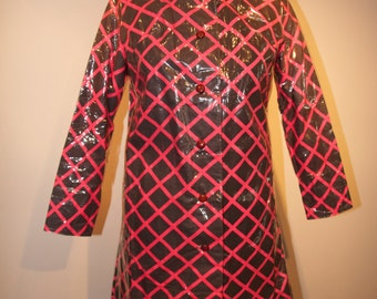 RAINCOAT - RARE  Vintage Mod 60's Geometric Raincoat SMALL 1960's Hot Pink and Grey Fabric and Clear Plastic   WildRosesVintage