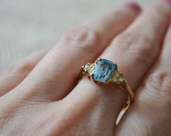 Blue Topaz Ring, Gold Ring, Gemstone Ring, Engagement Ring, Crystal Ring,  Topaz Ring, Blue Topaz, Topaz, Vintage Ring, Size 8.75 Ring