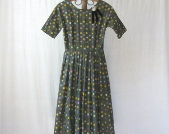 SALE 50s Dress Full Skirt Dress Olive Green Folk Dress 1950s Cotton Dress