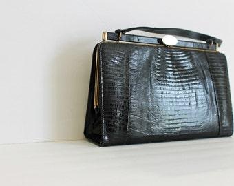 Vintage 1940s Black Lizard Handbag / 1940s Reptile Structured Doctor Satchel Bag Purse