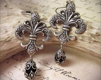 Black Fleur Earrings, Gothic Jewelry, Fleur de Lys Earrings, Renaissance Wedding, Fleur de Lis, Medieval Garb, SCA, Tudor Costume, Fleur