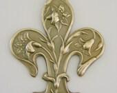 Fleur De Lis Pendant Vintage Brass Large Pendant for Necklace - Stamping - 2 pcs