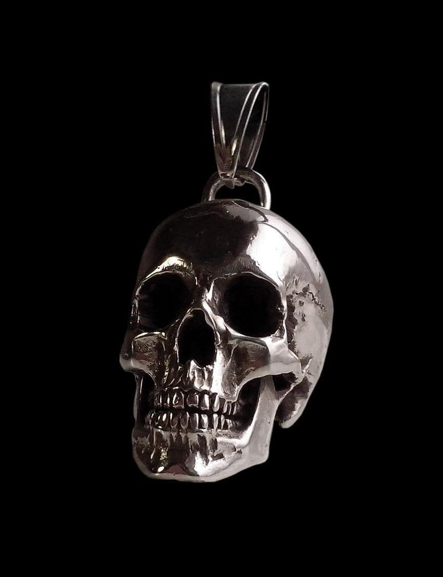 Sterling Silver Huge And Heavy Skull Pendant 98 Grams