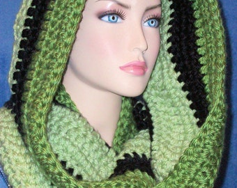 Black Infinity Scarf ,Olive Green Crochet Infinity Scarf,Handmade Infinity Scarf, Black Green Scarf,Green Crocheted Scarf,Chunky Infinity