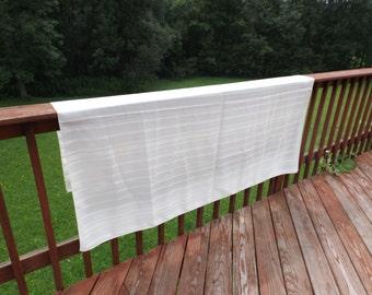 "Sale reversible tablecloth 70"" x 53"", rectangular tablecloth, polyester tablecloth. Vintage creamy linen.home decor.Banquet."
