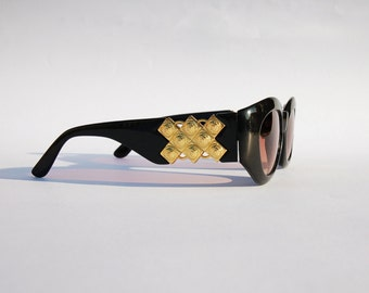 Vintage 90s Medusa Sunglasses / Oval Shades w Gold Tone Frame - NOS Dead Stock Steampunk /Grunge/Rave