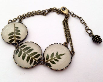 Leaf bracelet, Nature jewelry, terrarium jewelry, nature bracelet, Real leaf jewelry, Green leaf jewelry, with pressed leaves and glass cool