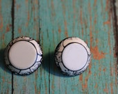 Round, Black and White  Plastic Retro Earrings, Pierced Ears