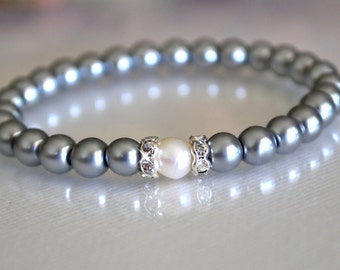 Glass Pearl and Fresh Water Pearl Bracelet