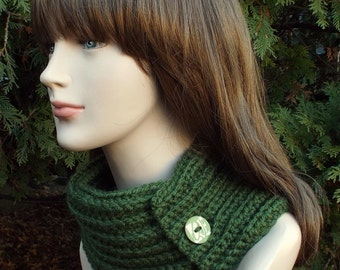 Forest Green Neck Warmer, Womens Cowl with Button, Ladies Crochet Scarf, Winter Scarflette, Winter Accessories, Chunky Cowl, Gift for Her