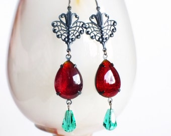 Red Glass Dangle Earrings Victorian Drop Earrings Vintage Dark Red Rhinestone Earrings Ruby Red Green Glass Earrings Brass Filigree Lace