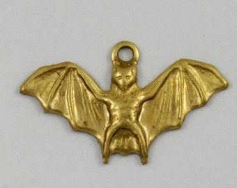 18mm Flying Bat Charm (4 Pcs) #1756
