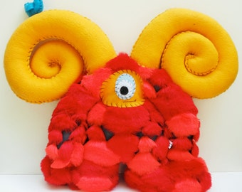 Carlos - Handmade plush monster doll