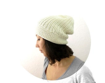Merino Boyfriend Slouch Hat in Ivory. Men / Women. Fall / Christmas / Winter / Snow / Ski / Mountain Cabin / Hipster.