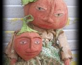 Primitive Pumpkin Mama And Baby