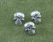 Skull Buttons with Rhinestone Crystal Eyes Small - Goth Gothic Day of the Dead Biker - A28