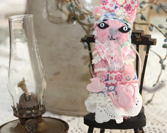 Loving Grandma Tea Cup Kitty Cat Quilty Critter - OOAK,  Novelty, Folk Art, Ornament, Mothers Day