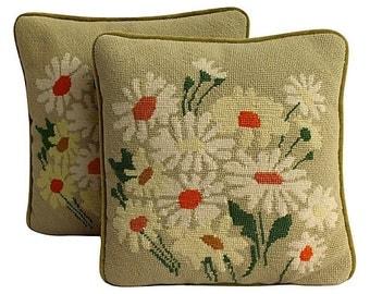 Daisy Needlepoint Pillow - Flower Pillow - Spring - Summertime - Floral - Green Velvet Back - Green