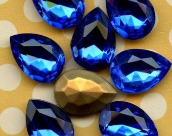 Vintage Glass Jewels - 18x13mm Sapphire Glass Jewels (32-14F-2)