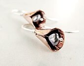 Hammered Copper earrings, Petals, Sterling Silver, Pearl jewelry