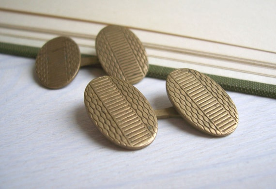 Gold Geometic Oval vintage cufflinks - gold plated brass - 1950s