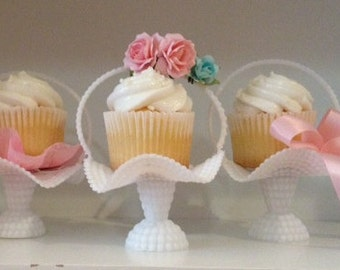 Birthday Decoration Small Vintage Cupcake Baskets Set of three for Birthday Party TVAT