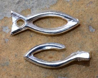 2 Greek Rustic Fish Toggle Clasps - Silver