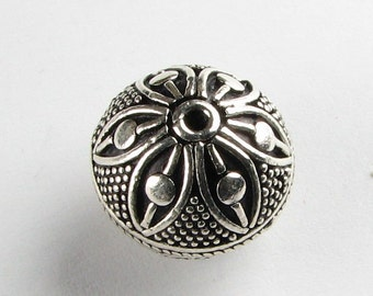 Large Dotted Flower Round Bali Sterling Silver Focal Bead  with 14mm x 15mm (1 bead)