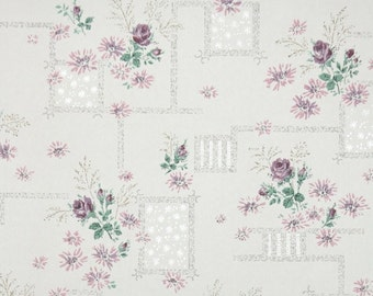 1950's Vintage Wallpaper - Floral Wallpaper with Lavender Flowers and Purple Roses on White