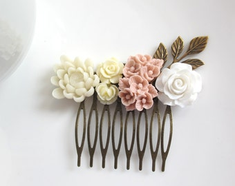Bridal Wedding. Floral Romantic Collage Hair Comb. Dusty Pink Bouquet, Cream roses, White Rose, Antiqued Brass Leaf Bridesmaids Gift