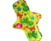 1 regular cloth menstrual pad 9 1/2 inches long with PUL - Hibiscus Frogs