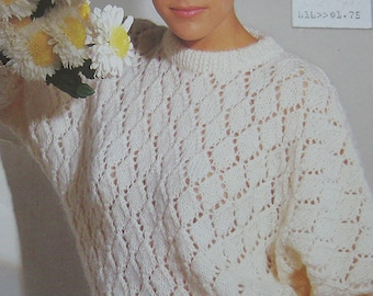 Vintage Patons Beehive Chunky Choice Sweater Knitting Pattern Book