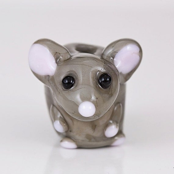 gray chinchilla lampwork glass bead. Black Bedroom Furniture Sets. Home Design Ideas