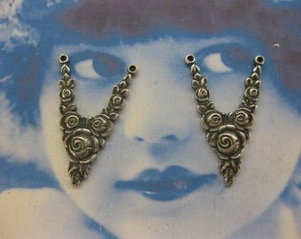 Vintage  Silver Ox Plated Floral Rose Connectors 932SOX  x2