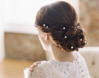 Wedding hair chain, freshwater pearl wedding hair piece - Style no. 1966 Miss Bennett