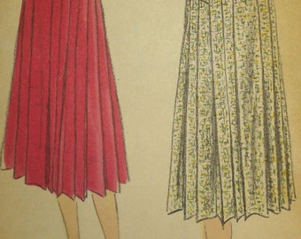 Vintage 50s Drop Waist Pleated Pleat Secretary Skirt Vogue Sewing Pattern 8938 W25