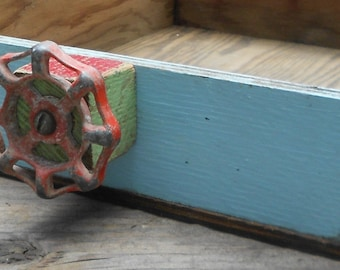 VINTAGE WOOD BOX, caddy, upcycled utility tote, repurposed garden, patio, ooak, old paint, wood blocks