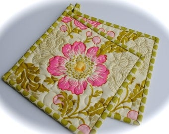Amy Butler Potholders, Designer Potholders, Quilted Pot holders, Fresh Poppies in Fuschia, Midwest Modern