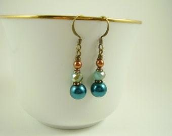 Teal Pearl Earrings, Teal Earrings, Jewelry, Earrings, Blue Earrings, Aqua Earrings, Gifts for Her, Women's Accessories, Dangle Earrings