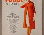 Vintage VOGUE Pattern Book Fashion FEBRUARY MARCH 1963 Rare great Condition Summer