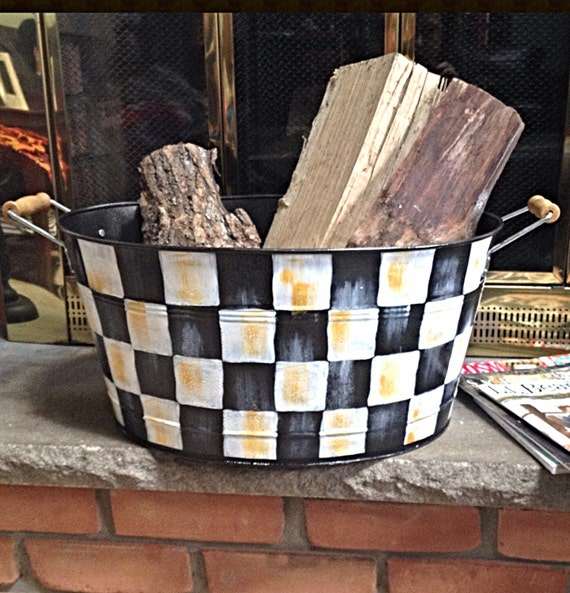 Hand Painted Black and White Checked Metal Bucket beverage bucket storage bucket
