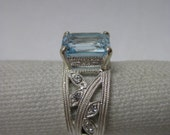 Blue Topaz Sterling Silver Ring Size 7 1/4 Rhinestone Vintage Avon 925