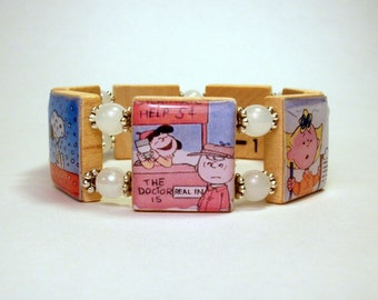 PEANUTS CHRISTMAS JEWELRY / Charlie Brown Christmas Bracelet / Upcycled / Scrabble / Snoopy