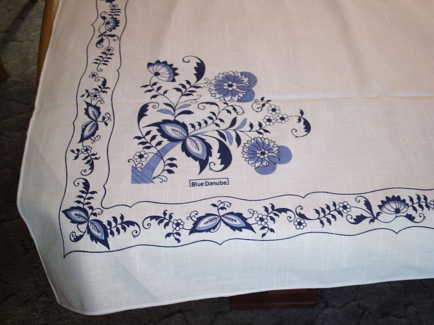 Blue Danube Or Blue Onion Tablecloth 58 X 86 Inches Linen Look