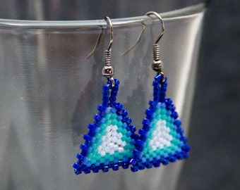 Beaded Dangle Earrings - Peyote Triangles - Blue Striped by randomcreative on Etsy