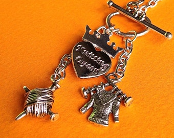 KNITTING QUEEN NECKLACE, yarn charm, sweater charm, engraved heart with crown, handmade