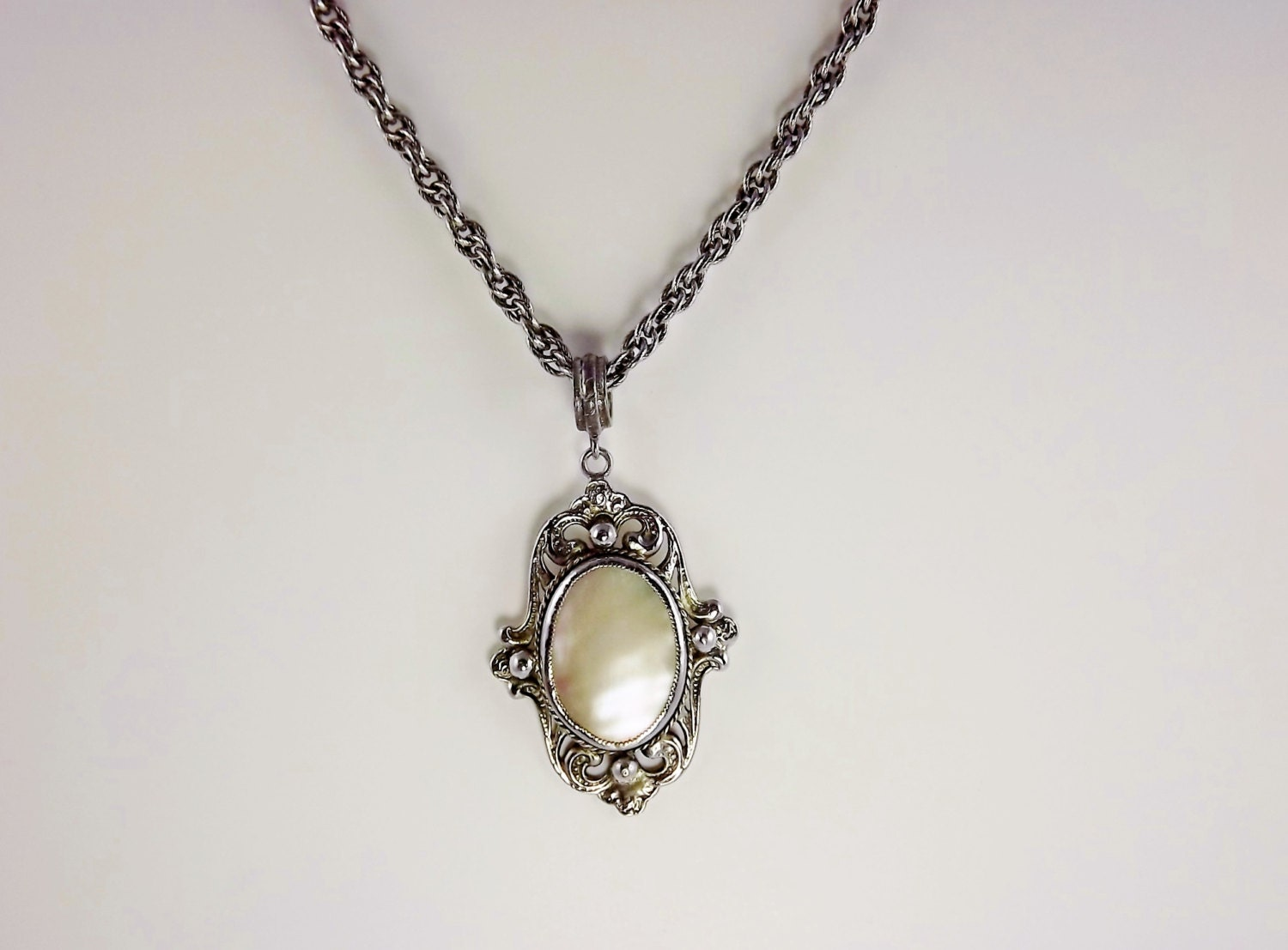 whiting davis necklace mother of pearl vintage costume jewelry