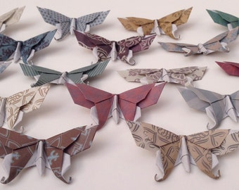 16 Small or Large Swallowtail 3D Origami Butterflies (Victorian Damask Print) - Great for Name or Placement Cards